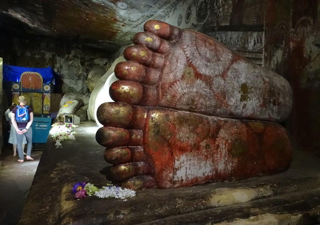 ダンブッラ石窟寺院、スリランカ